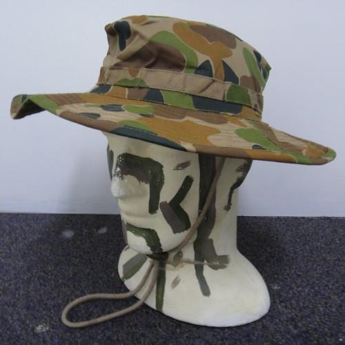 HAT e05ad49707b6